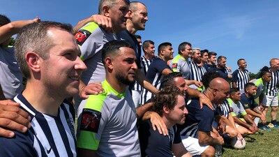 CMPD construye lazos duraderos con latinos en cancha de fútbol
