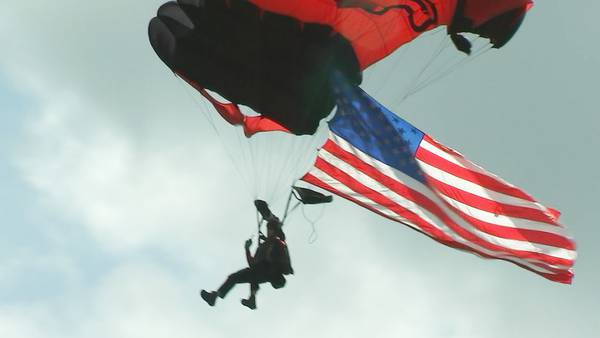 Army parachute team jumps to say 'thank you' to local health care workers