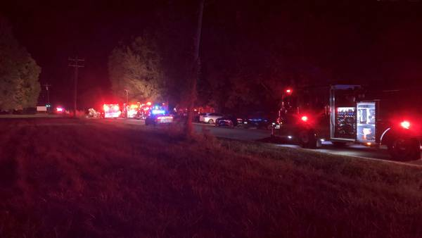 1 killed in head-on cash south of Hickory, troopers say