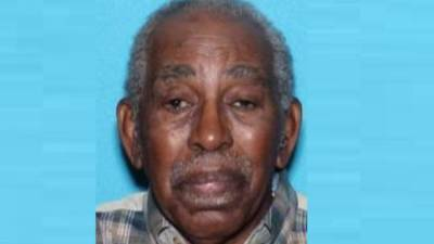 Police searching for missing elderly man in southwest Charlotte