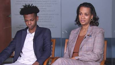 Teen expelled from school after mom complains about reading assignment