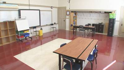 Concerns raised over school district's quarantine policy after thousands sent home