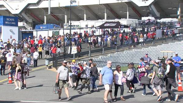 Coca-Cola 600: From no fans 1 year ago to full capacity