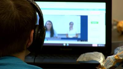 Therapists: Parents should adjust expectations during remote learning