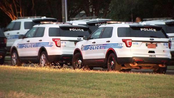 CMPD evacúa vecindario debido a situación policial
