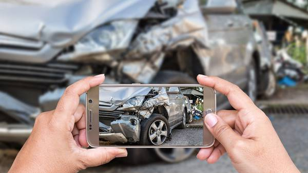SPONSORED: Tips for dealing with car insurance after a car accident